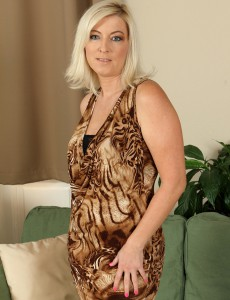 39 Year Old Michelle H from  Onlyover30 Glides out of Her Elegant Dress