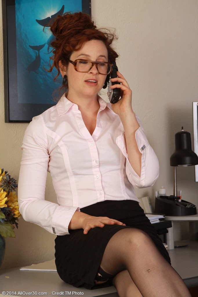 Red Headed Fiona from  Onlyover30 Receives  Super Horny During a Phone Call