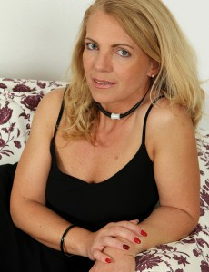 Crazy 47 Year Old Britney from  Onlyover30 Finering Her  Older  Beaver