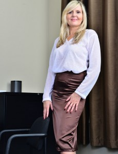 Blond Haired Businesswoman Velvet Skye Shows How She Works It in the Undressed