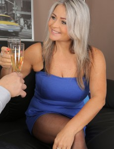 Magnificent  Older Babe Zaira Connor Makes Love After a Glass of Wine