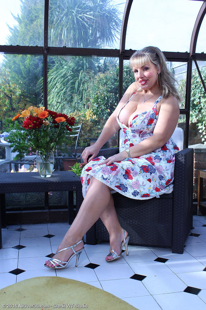 Buxom Hottie Danielle T Takes off a Flower Dress to Play with Her Huge Tits