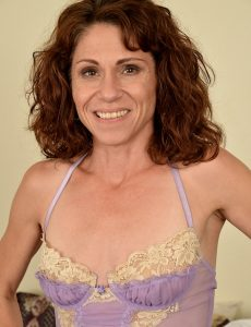 Hot  Cougar Sage Quest in Panties