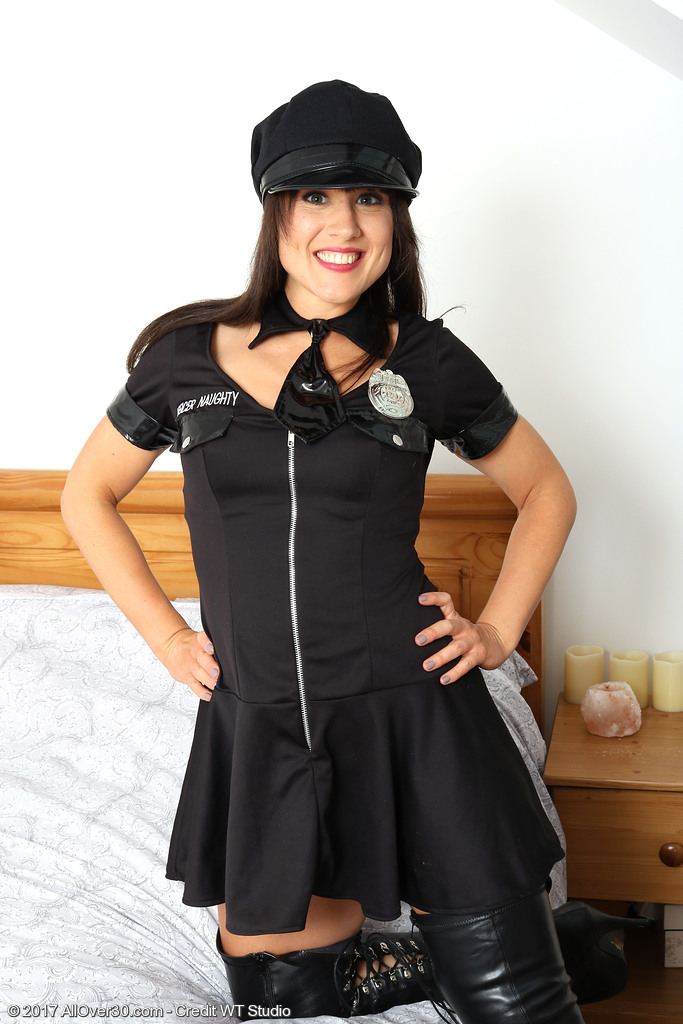 Hot Officer Lucy Love